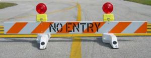 Airport Barricade 8ft 3M HIP (DO NOT ENTER)