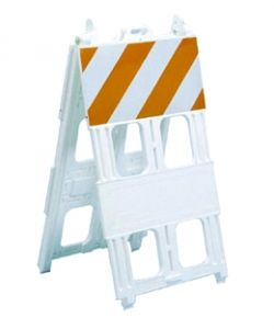 Type I Barricade (8x24 panel) Plastic